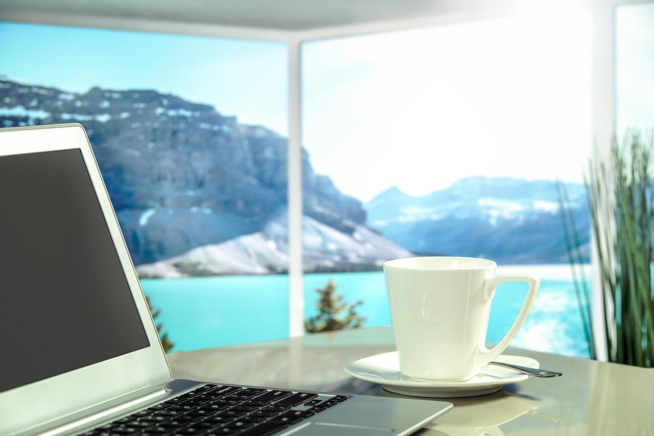 Sonneneinwirkung auf Möbel und was man dagegen tun kann