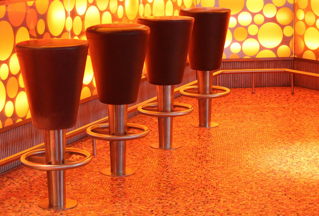 Möbel durch eine indirekte Lichtquelle zu einem Dekorationshighlight machen