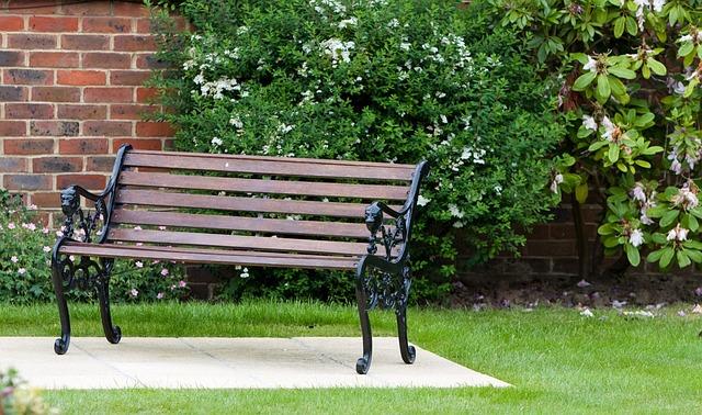 Wohnen im Freien – Die Gartenmöbeltrends