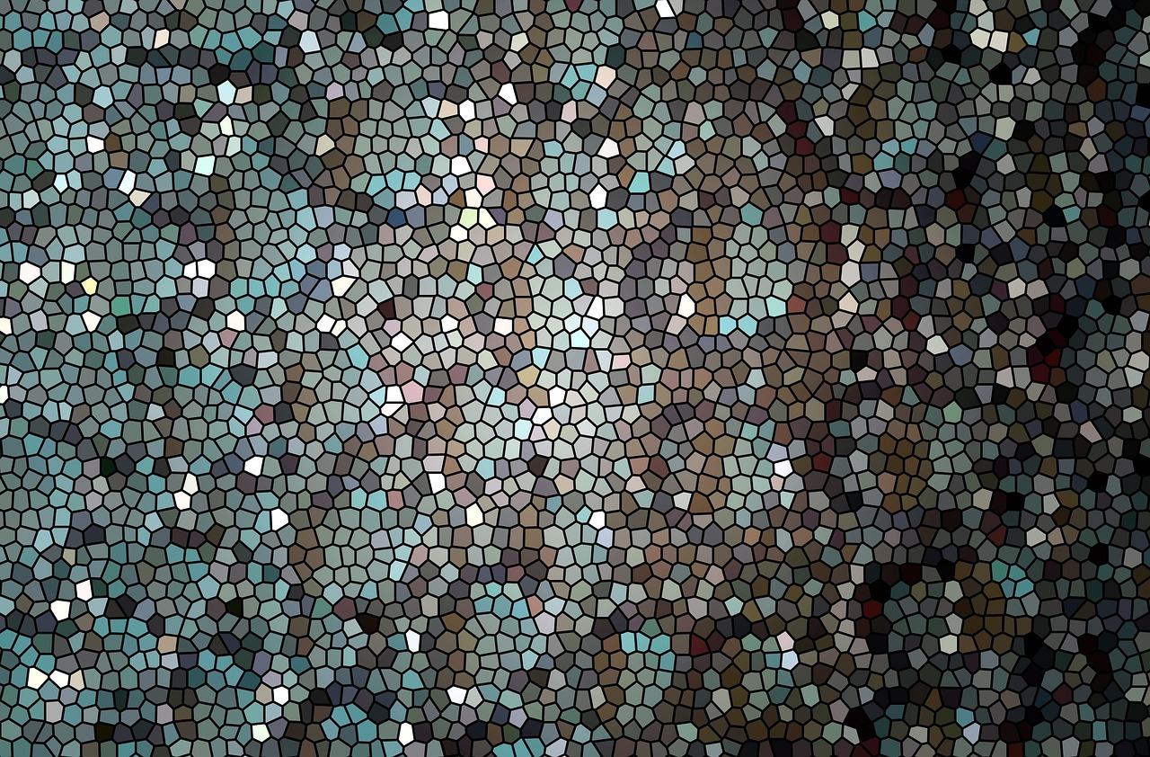 Mit Mosaiknetzen Wände verzieren