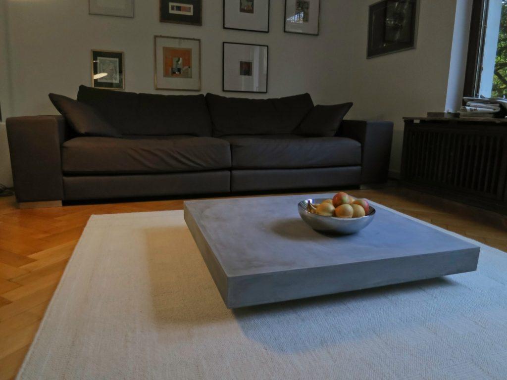 lounge+ Betontisch von jungundgrau
