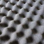 Die Raumakustik verbessern: Ist Akustikschaumstoff die Lösung?